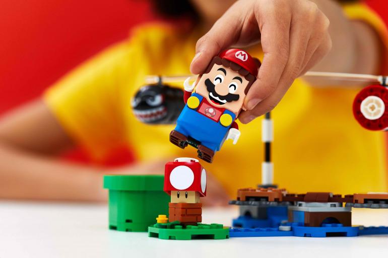 LEGO explica por qué los sets de Super Mario no usaron minifiguras tradicionales